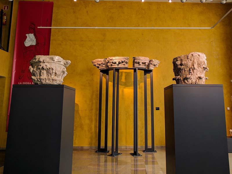 Restos arquitectónicos del Teatro Romano de Cesaraugusta – Zaragoza