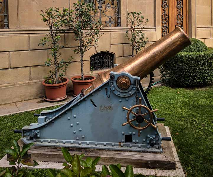 Mortero de bronce 210 mm. MATA modelo 1895 de la Capitanía General de Zaragoza