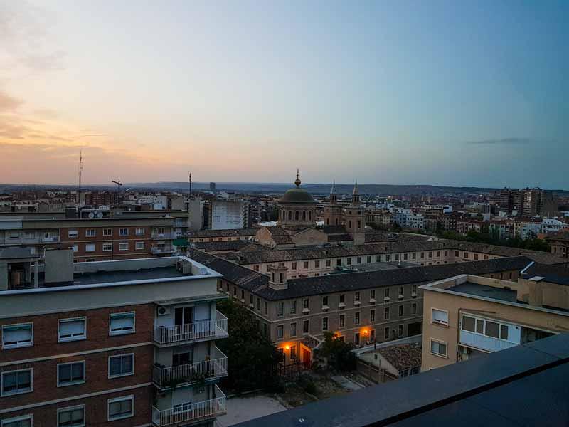 Edificio Pignatelli desde terraza del Museo Pablo Serrano - Zaragoza