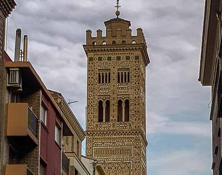 Torre mudéjar de la iglesia de la Magdalena de Zaragoza