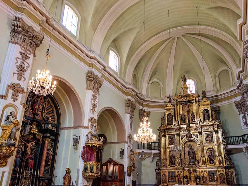 Interior de la iglesia de San Gil Abad de Zaragoza
