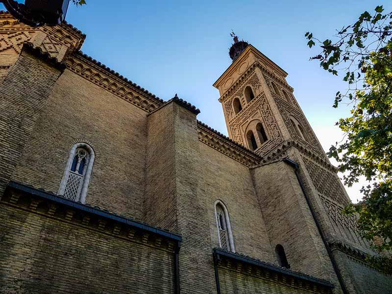 Torre mudéjar de la iglesia de San Miguel de los Navarros - Zaragoza