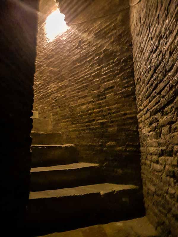 Escaleras del interior de la torre de la iglesia de San Pablo - Zaragoza