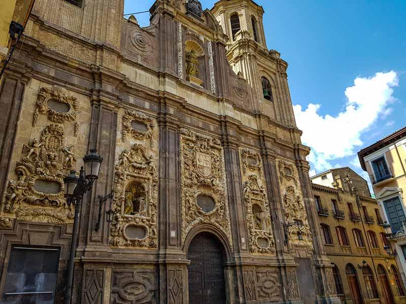 Iglesia de Santa Isabel de Portugal o San Cayetano de Zaragoza