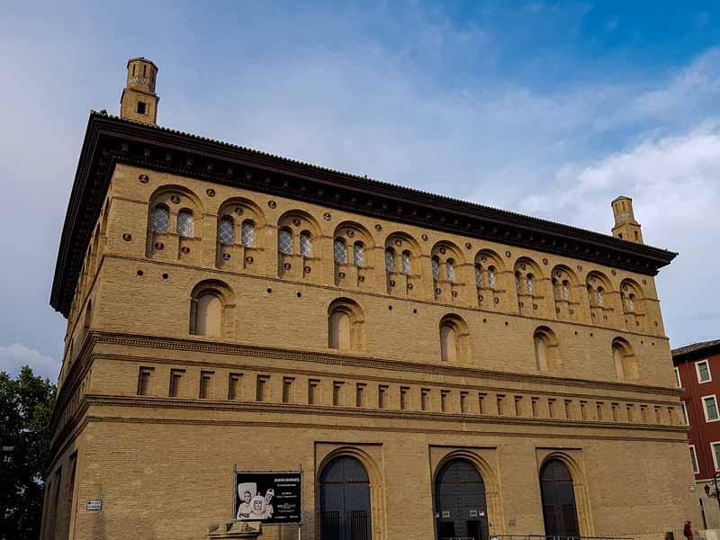 Palacios de Zaragoza: La Lonja