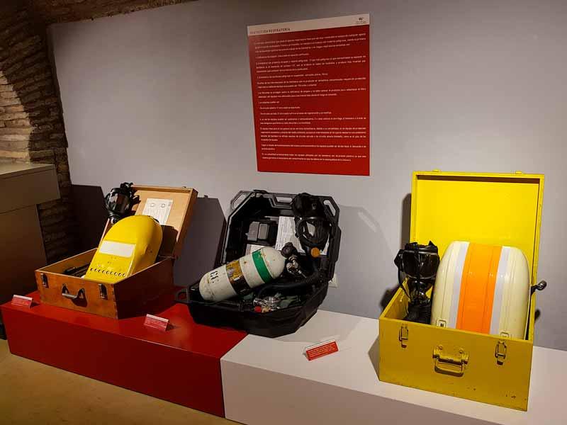 Equipos de protección respiratoria de los bomberos