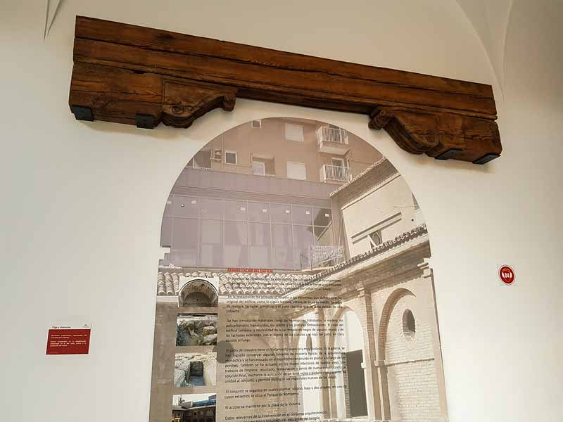 Antigua viga del convento de Mínimos de la Victoria. Museo del Fuego y de los Bomberos.