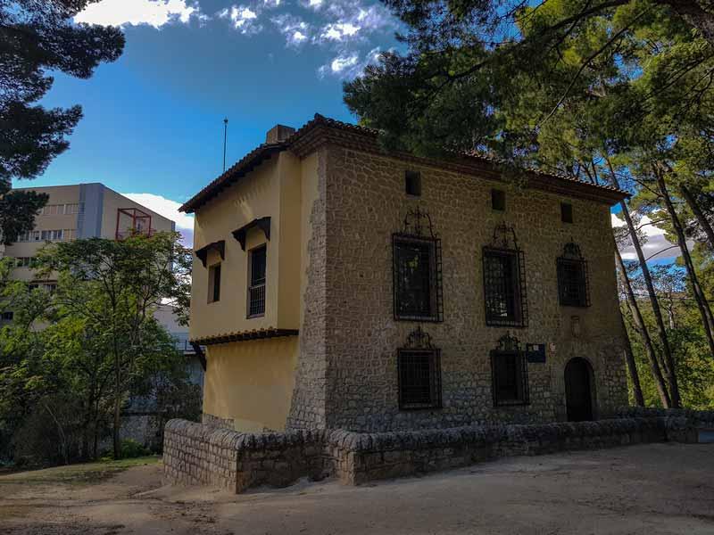 Museo de Zaragoza, sección de cerámica