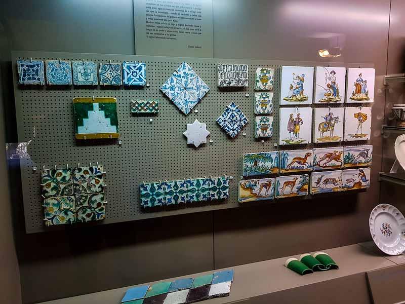 Vitrina de la funcionalidad de la cerámica - Museo de Zaragoza