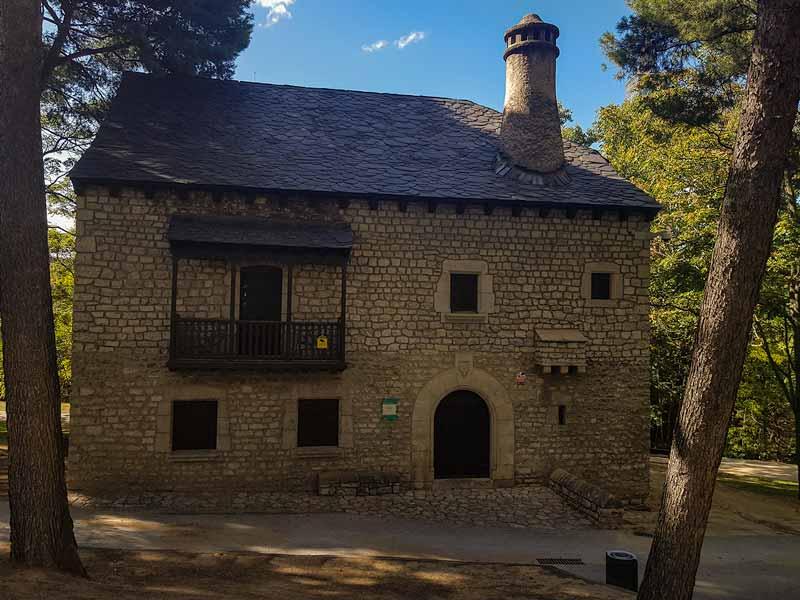Casa Pirenaica, exterior de la sección de etnología del Museo de Zaragoza