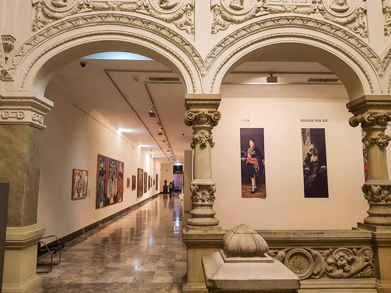 Museo de Zaragoza: Pasillos siglos XIX y XX