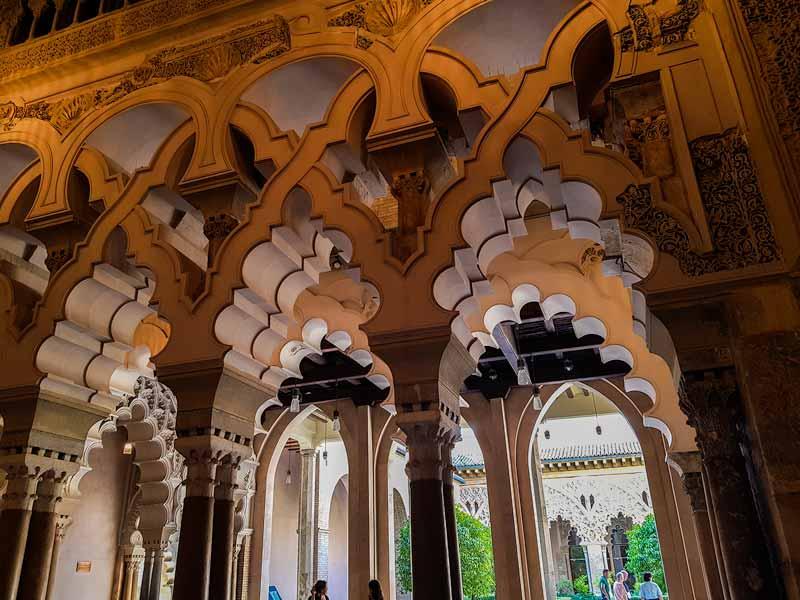 Dependencias del palacio musulmán de la Aljafería