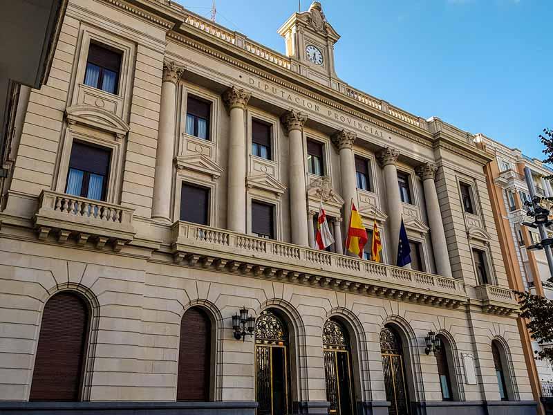 Fachada de la Diputación Provincial de Zaragoza