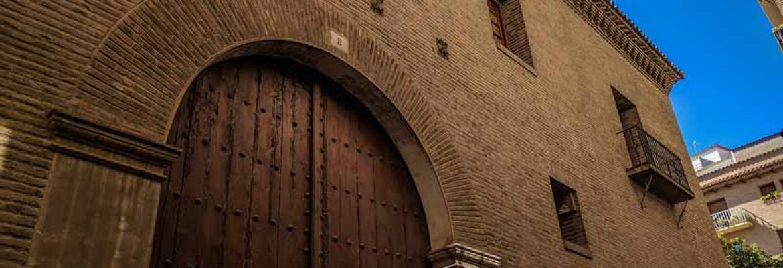 Casa de Huarte o de los Azara