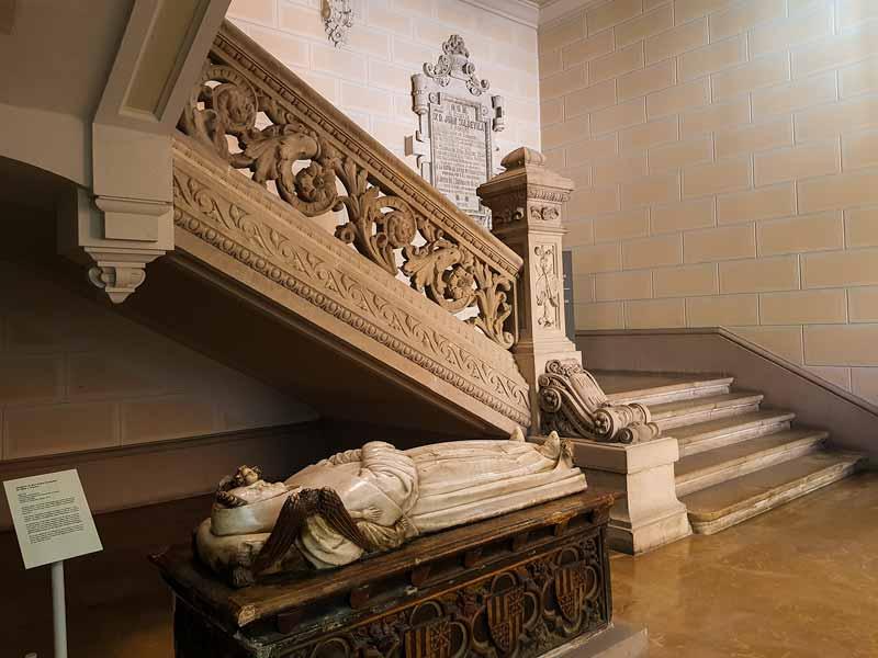 Sepulcro de Don Pedro Fernández de Híjar y Navarro. Museo de Zaragoza