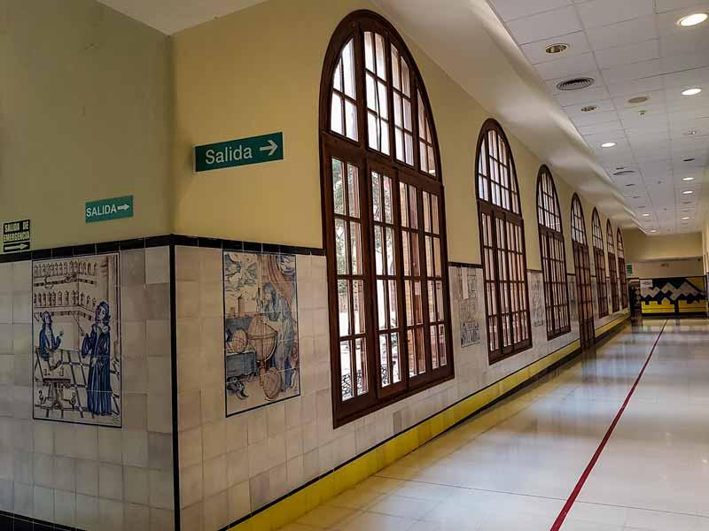Pasillo del Hospital Provincial de Nuestra Señora de Gracia