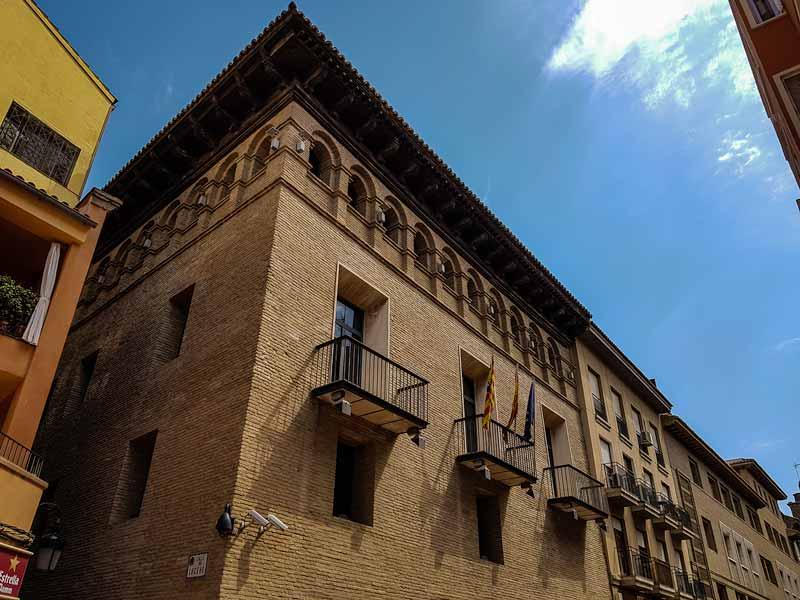 Fachada del Palacio de Armijo