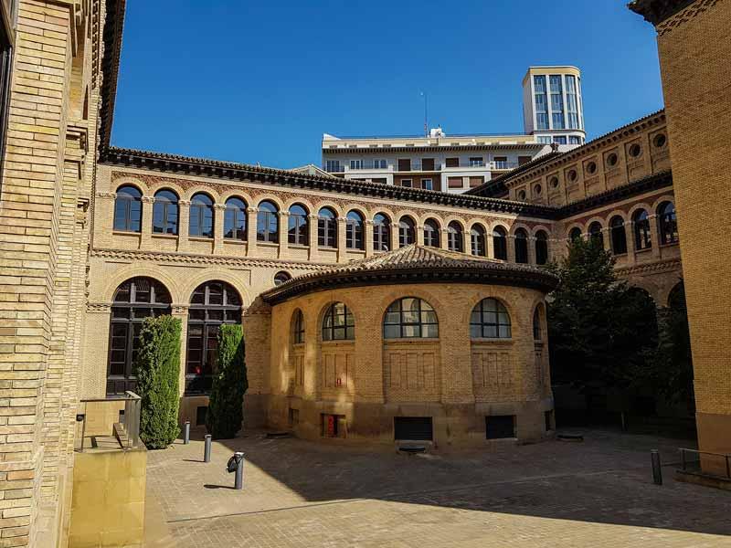 Patio del Paraninfo de la Universidad de Zaragoza