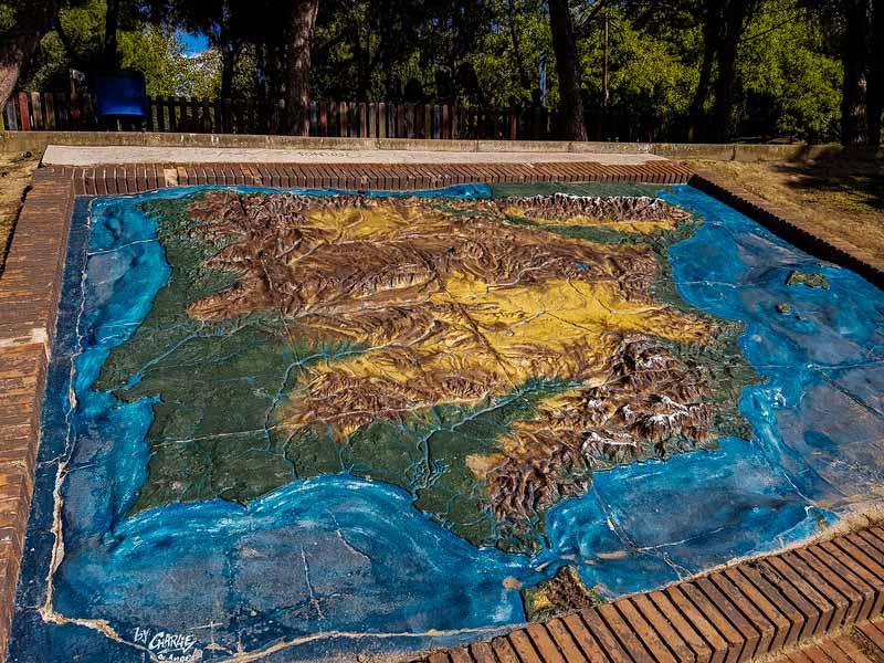Mapa de España del parque grande Labordeta de Zaragoza