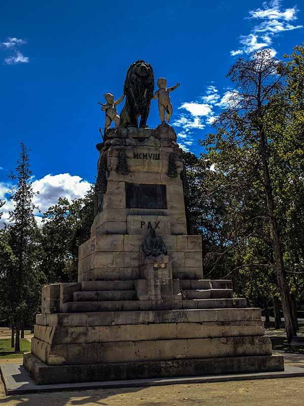 Monumento a la Exposición Hispano Francesa del 1908 de Zaragoza