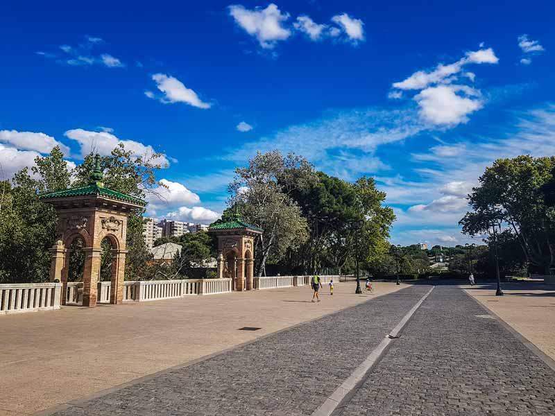 Puente de los Cantautores de Zaragoza