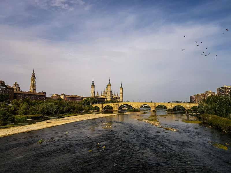 Vistas desde el Puente de Hierro de Zaragoza