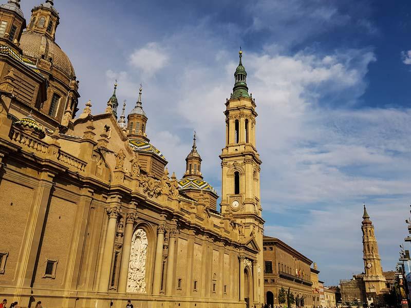 Iglesias en Zaragoza