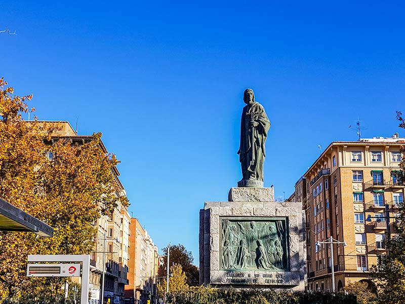 Monumento a Fernando el Católico - Zaragoza