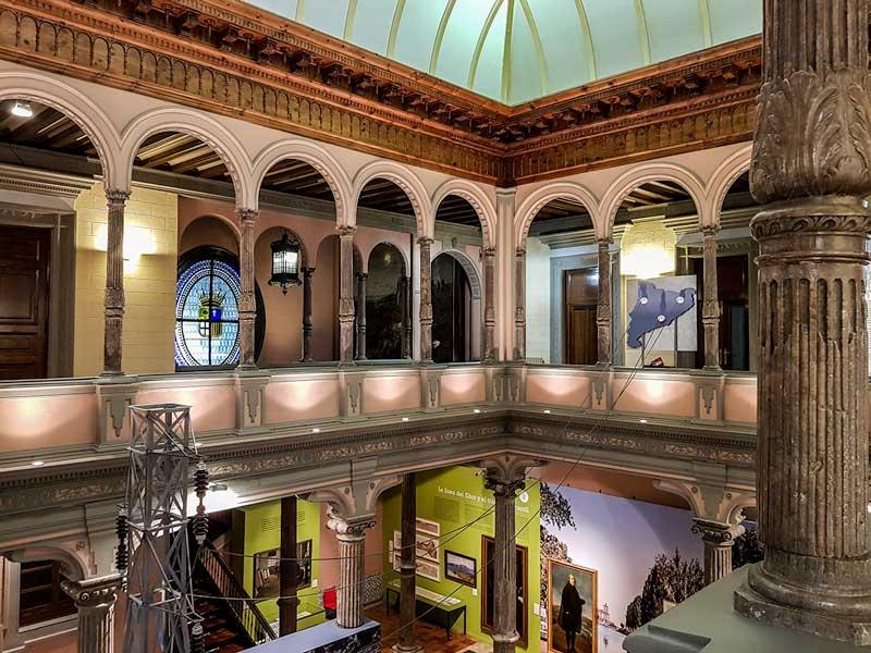 Patio Renacentista - Palacio de Sástago - Zaragoza