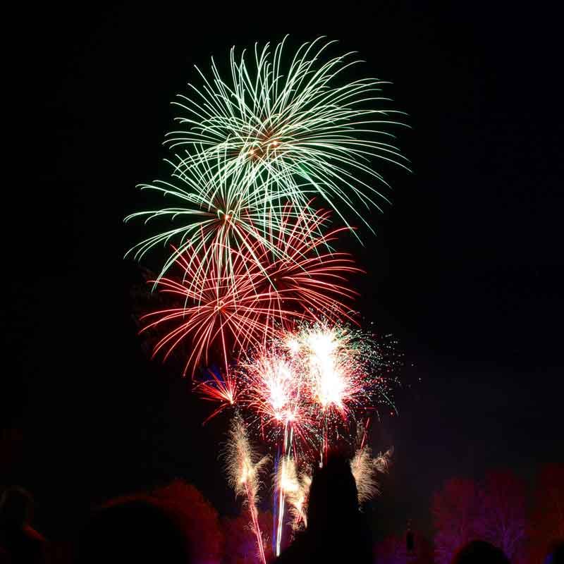Fuegos artificiales de las fiestas del Pilar