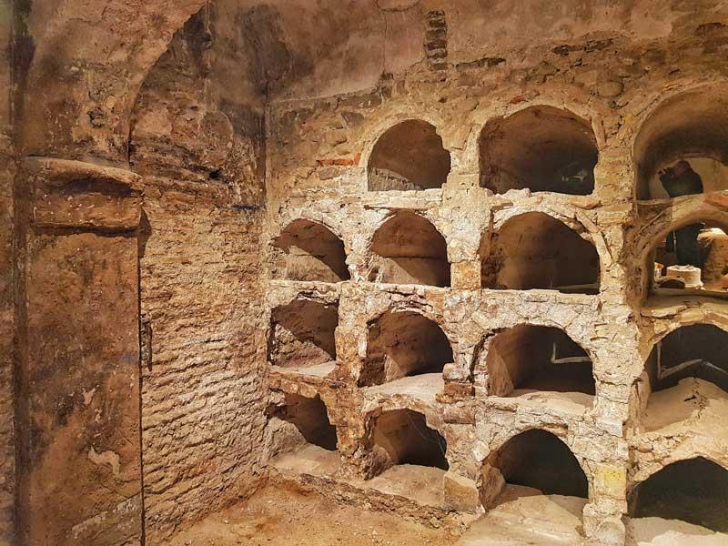Cripta de la iglesia de la Magdalena