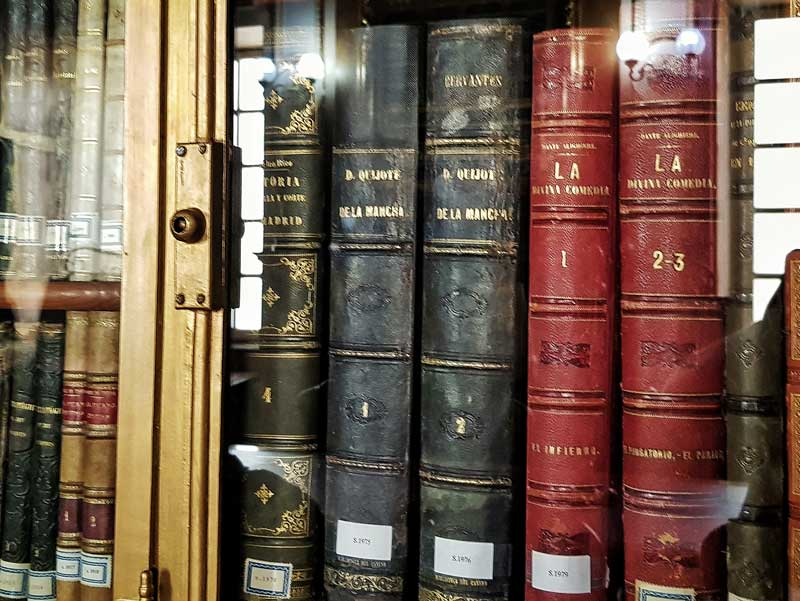 Ejemplar del Quijote de la biblioteca del Palacio de Sástago